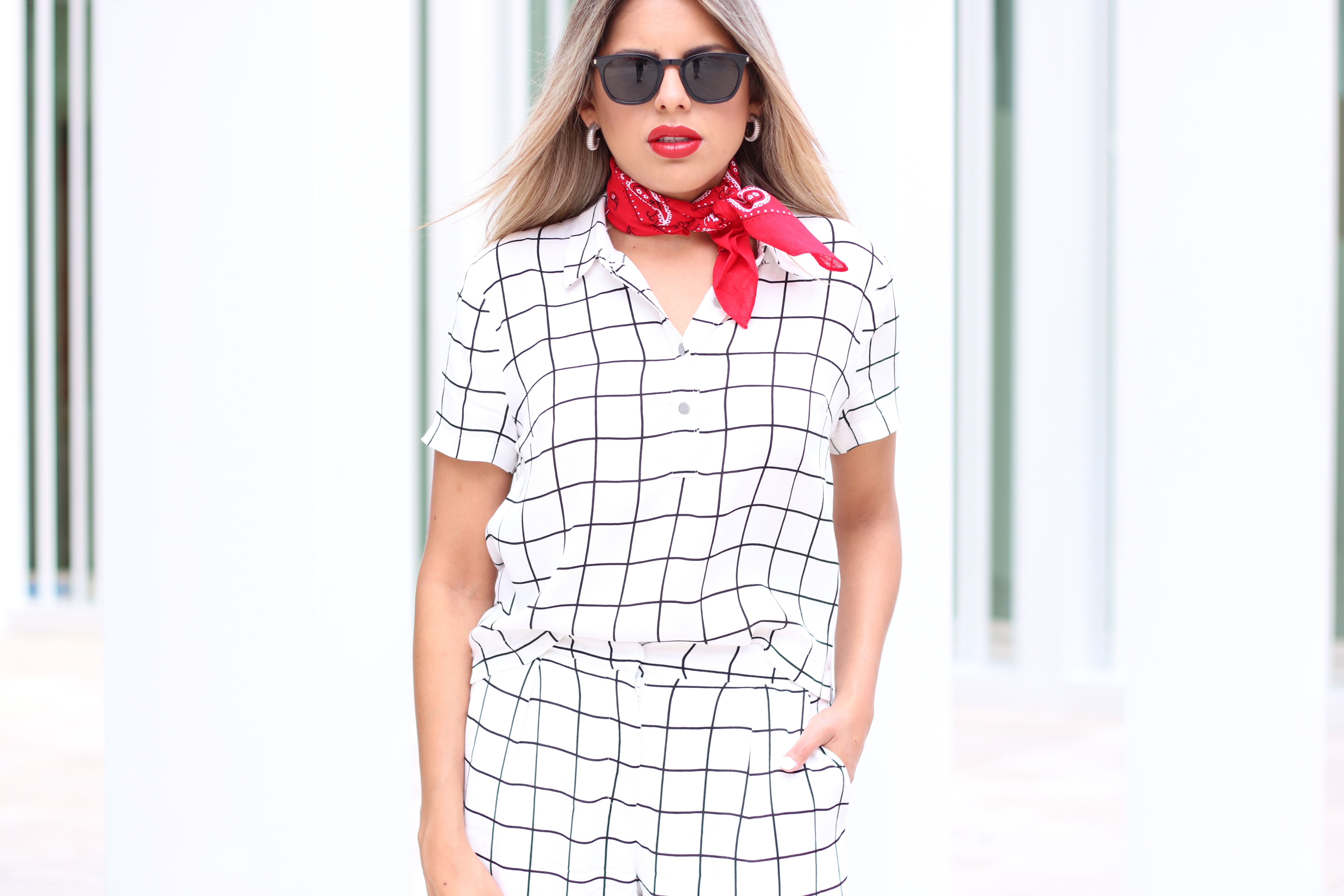 Grid-matching-outfit