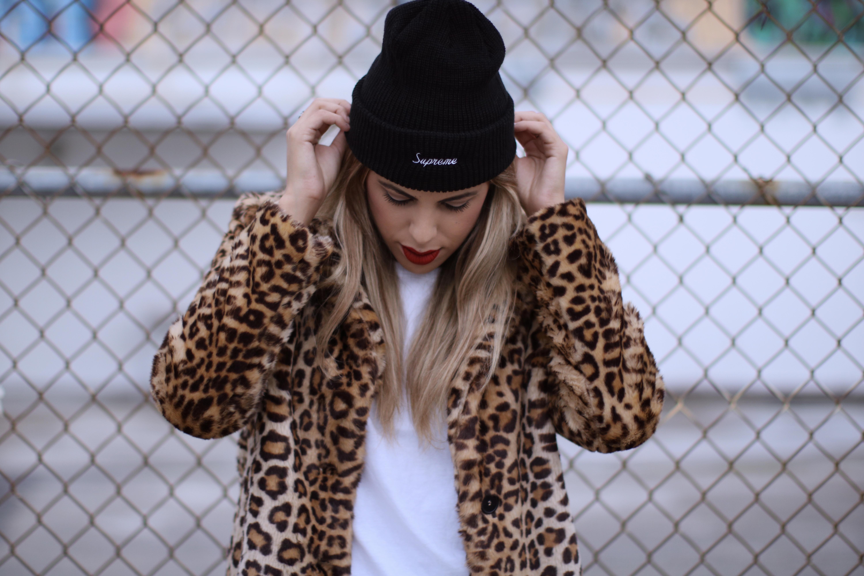surpeme-knit-hat